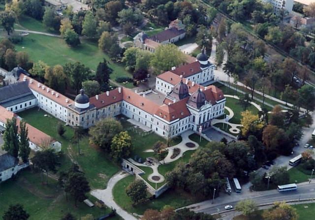 «Королевский дворец Гёдёллё. По стопам королевы» (Венгрия)