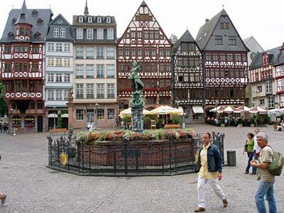 Круглогодичные курсы немецкого для взрослых Sprachcaffe (Франкфурт)