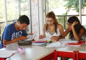 Летние курсы французского языка для школьников Language Explorer Cyprus (Лимассол)